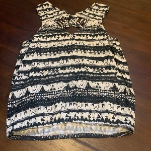 [2/$20] {Jessica Simpson} Tank with Cute Details